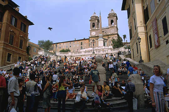 Spanish Steps. www.toanthai.com/italy2003/rome2003/